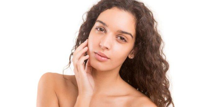 Piel Grasa: ¿Cómo hidratar, limpiar y cuidar de la piel grasa?