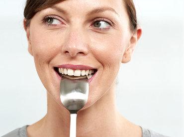 ¿Qué alimentos debo evitar durante la menopausia?