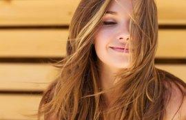 ¿Cómo combatir la caspa si tenemos cuero cabelludo sensible_ 1
