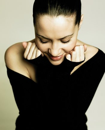 Efecto mate: cómo lucir una piel sin brillos
