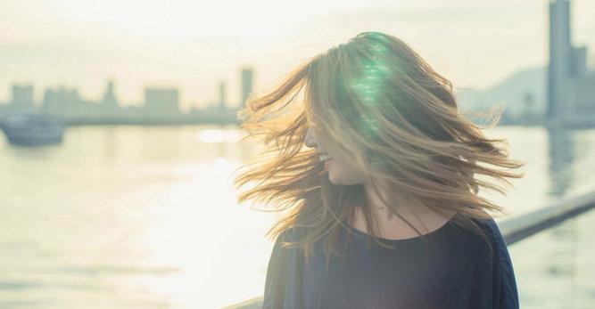Cuidá tu cuero cabelludo sensible sin estropear el pelo