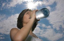 Sérum hydratant : le soin visage anti-soif