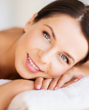 Diez trucos infalibles para despertarnos con una buena piel
