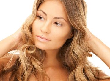 Piel grasa y acné: ¿qué rutina elegir?