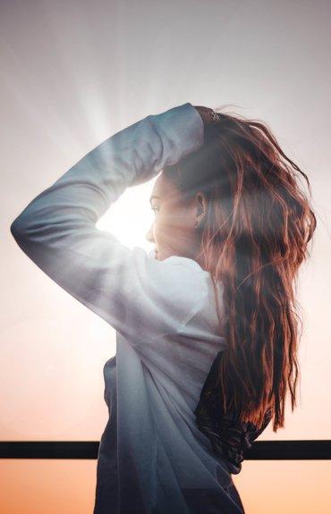 ¿Sabías que la principal causa de la caspa es el estrés?