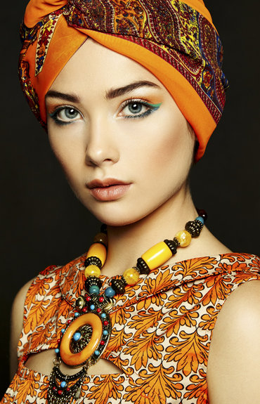 Turbantes a la moda: protegé tu cabello del sol