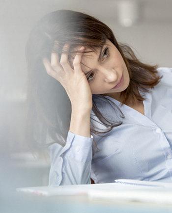 Trabajo y la caída del cabello: ¿cómo evitarlo?
