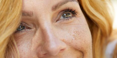 ¿Qué productos deberías usar si tenés un tono de piel desigual?