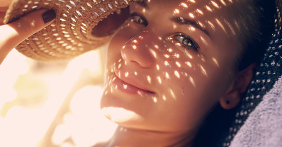 Cuida tu piel con acné durante el verano