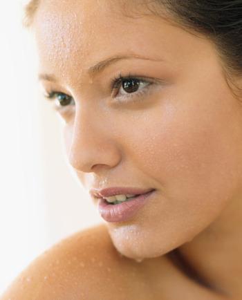 ¿Cómo el agua termal protege tu piel?