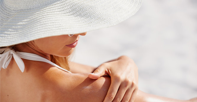 Wet technology: piel mojada y protegida del sol