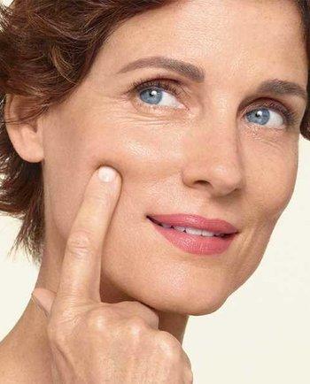 ¿Qué le pasa a mis hormonas durante la menopausia?