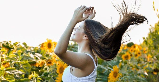 Caspa, cuero cabelludo y microbioma: ¿qué vínculo tienen?